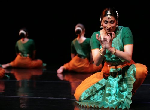 Natya Dance Theatre. Photo by Eileen Ryan.