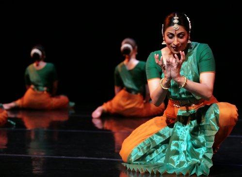 Natya Dance Theatre. Photo by Eileen Ryan.