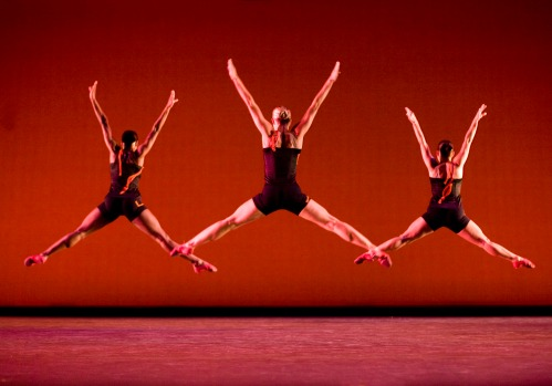 GJDC dancers Ashley Lauren Smith, Meghan McDermott and Lindsey Leduc Brenner. Photo by Cheryl Mann.